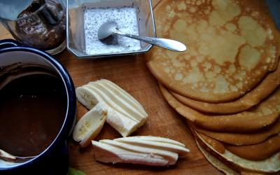Naleśniki z różnych rodzajów mąk na słodko