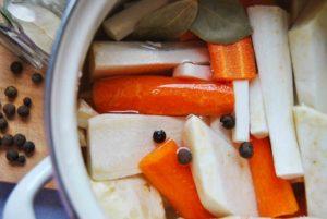 Bezglutenowa zupa ogórkowa 1
