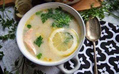 Bezglutenowa zupa z łososiem i ziemniakami